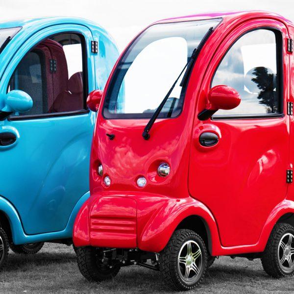 Cabin Car Blue & Red